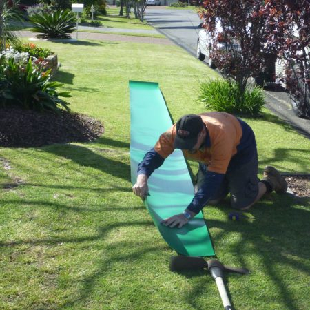 Preparing the root barrier
